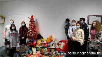 Les collégiens de Grand-Couronne pensent au Noël des enfants de familles démunies - Paris-Normandie