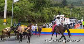 Habilitan vía Medellín-Santa Fe de Antioquia tras acuerdo con comunidad - El Colombiano