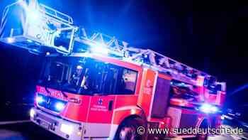 Qualmender Holzofen löst Feuerwehreinsatz aus - Süddeutsche Zeitung