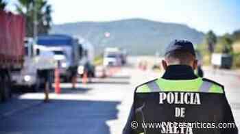 Policías se concentraron en el Grand Bourg esperando una solución después de los recortes - Voces Críticas