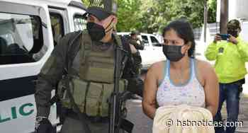 Cayó en San Vicente del Caguán, Caquetá, la radista de alias 'Negro Mosquera' [VIDEO] - HSB Noticias