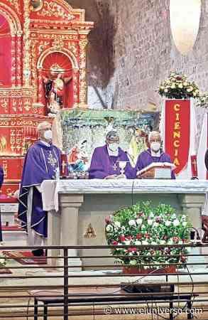 Con misa en Pujilí, en la que se recordó su labor pastoral, se despidió a monseñor José Mario Ruiz - El Universo