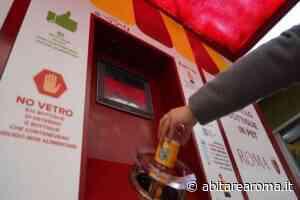 Inaugurata dalla Sindaca macchinetta mangiaplastica nel mercato Borgo Ticino - Abitare a Roma