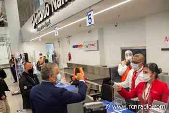 Duque entregó obras de remodelación del aeropuerto de Chachagüí (Nariño) - RCN Radio