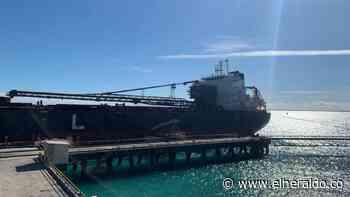 Salió primer buque con carbón de Puerto Bolívar después de la huelga - EL HERALDO