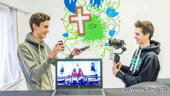 Salach digitaler Adventskalender: So verschönern zwei Jugendliche den Salachern die Adventszeit - SWP