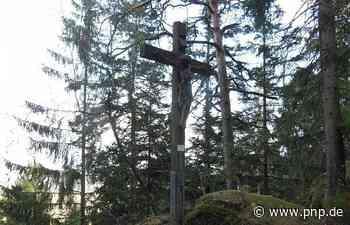 Neuer Christus für das Burgstallkreuz: Spendenaktion war erfolgreich - Passauer Neue Presse
