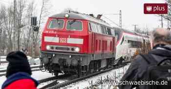 Premierenfahrt mit Panne: Der erste ECE kommt nur von Lindau bis Hergatz - Schwäbische