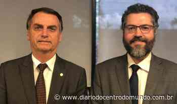Bolsonaro não pretende demitir Ernesto Araújo, tiete debilóide de Trump - Diário do Centro do Mundo