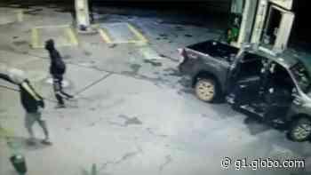 Bandidos assaltam posto de combustíveis em Capela do Alto - G1
