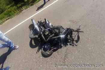 Motociclista murió al estrellarse con ambulancia en la vía Fusagasugá – Silvania - Noticias Día a Día