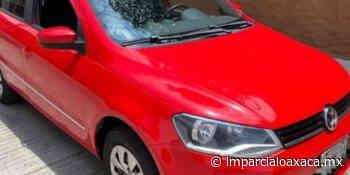 Roban auto a punta de pistola en inmediaciones del Cerro del Fortín - El Imparcial de Oaxaca