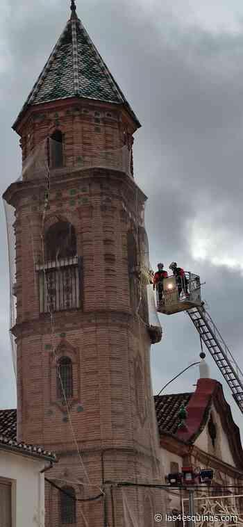 La torre del Convento de las Mínimas en Archidona sufre un desprendimiento - Las 4 Esquinas