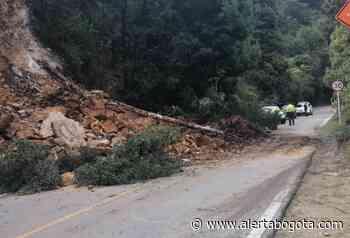No solo La Calera: vía Bogotá-Choachí también está cerrada por deslizamiento - Alerta Bogotá
