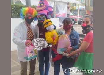 Paya Coatza continúa entrega de juguetes para niños en la lucha contra el cáncer - Imagen del Golfo