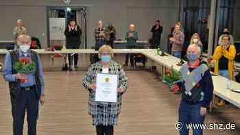 Mildstedt: Ehrenpreis der Gemeinde für die Dörpshus AG   shz.de - shz.de