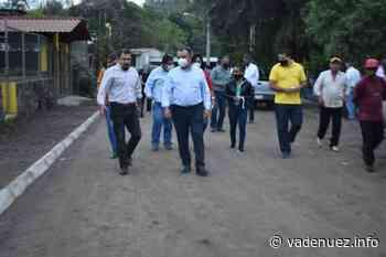 Felipe Cruz entrega empedrados en calles de El Naranjal, por más de 1 MdP - Noticias Va de Nuez