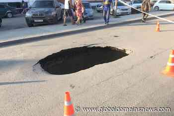 Kropotkin failed asphalt on the road is now a deep pit - The Global Domains News