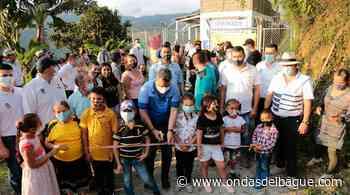 Entregaron en Palocabildo la nueva escuela Alto de Gualí, la cual fue destruida por un alud de tierra hace nueve años - Ondas de Ibagué