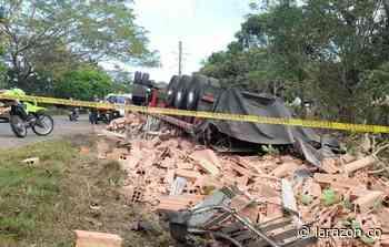 Muere conductor de tractocamión al volcarse en la vía Chinú – Sahagún - LA RAZÓN.CO