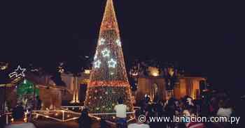 San Juan Nepomuceno: encienden árbol navideño con más de 10.000 luces led - La Nación