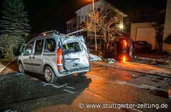 Verfolgungsjagd in Aidlingen - Autofahrer flüchtet vor Polizei – Wagen überschlägt sich - Stuttgarter Zeitung