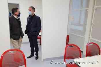 Centre de rétention administratif. Oissel : le député fait valoir son droit de visite - Le Courrier Cauchois