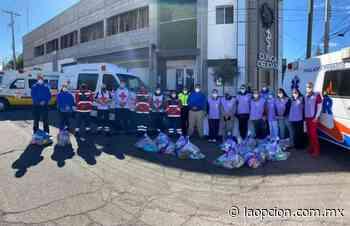 Dona clínica delicias despensas y overoles a paramédicos de la ciudad - La Opcion