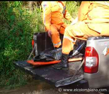Rescatan en río Cocorná a joven desaparecido y buscan a un padre y su hijo - El Colombiano