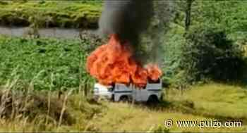 Campesinos toman 'justicia por mano propia': dan paliza a 3 hombres y les queman carro - Pulzo