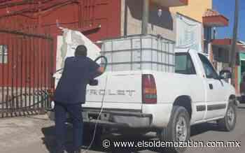 Escuinapenses compran agua para 'noche buena' - El Sol de Mazatlán