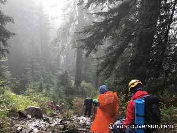 North Shore Rescue finds lost hikers on first-ever night-vision training session - Vancouver Sun