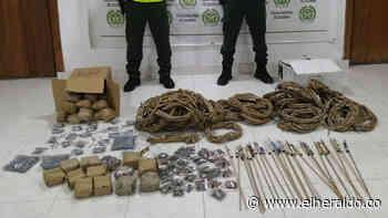 Policía incauta más de 1.600 unidades de pólvora en Montelíbano - EL HERALDO