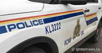 Brandon RCMP say 2 injured in crash near Wawanesa, Man. - Globalnews.ca