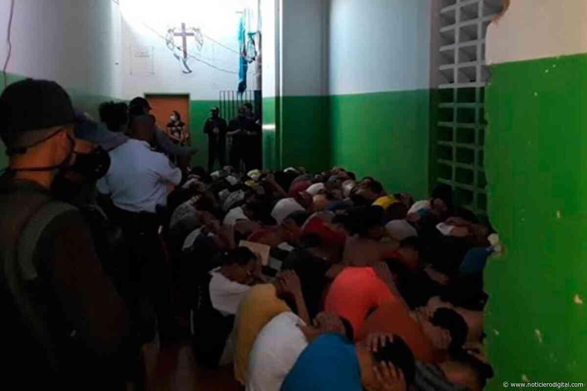 Escaparon 10 presos de la cárcel de Pampatar tras someter a vigilantes con un chopo - Noticiero Digital
