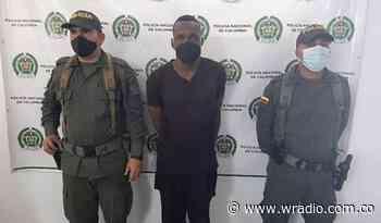 Sujeto atacó a mordiscos a un policía en Cauca - W Radio