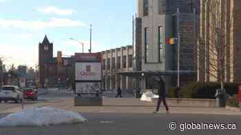 Queen's University tells students to stay home until provincial COVID-19 shutdown ends