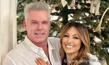Ray Liotta 66 Reveals He S Engaged To Jacy Nittolo 46 Christmas Wishes Do Come True Celebrity News Newslocker