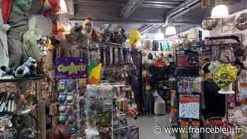 Saint-Pierre-des-Corps : peu de déguisements vendus pour le 31 dans les boutiques spécialisées - France Bleu