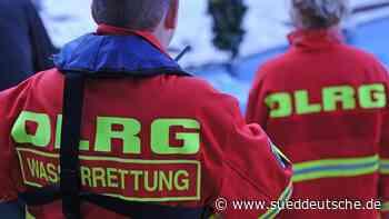 DLRG warnt vor Eisflächen an zugefrorenen Seen - Süddeutsche Zeitung