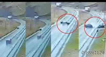 La Oroya: cámara de seguridad captó choque de autos que dejó siete fallecidos en la Carretera Central - Diario Perú21