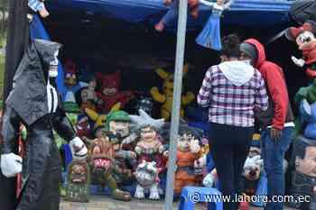 Municipio de Pelileo habilita un espacio para la venta de monigotes - La Hora (Ecuador)