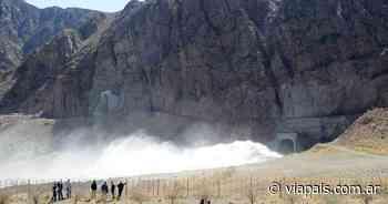 Faltaría agua por una nueva limpieza del Dique Potrerillos - Vía País