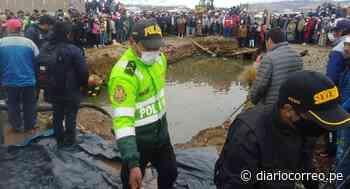 Tres muertos en Macusani, tras caída de camioneta en poza - Diario Correo