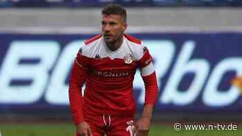 Wie läuft's bei ... Podolski?: Sportlich degradiert und von Fans beschimpft