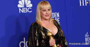 Patricia Arquette says not wearing mask is like going pantless during period, Internet says 'donate your cloth - MEAWW