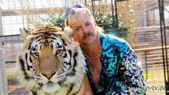 """Tiger King"" will zur Beerdigung: Joe Exotics Vater an Covid gestorben"