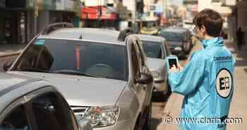San Martín y Villa Ballester tienen otra vez estacionamiento medido: cuesta $35 la hora - Clarín.com