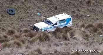 Ambulancia que trasladaba paciente de La Merced a La Oroya, vuelca - Diario Correo