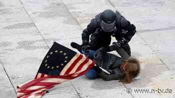 Polizei findet Rohrbomben: Vier Tote nach Sturm auf US-Kapitol